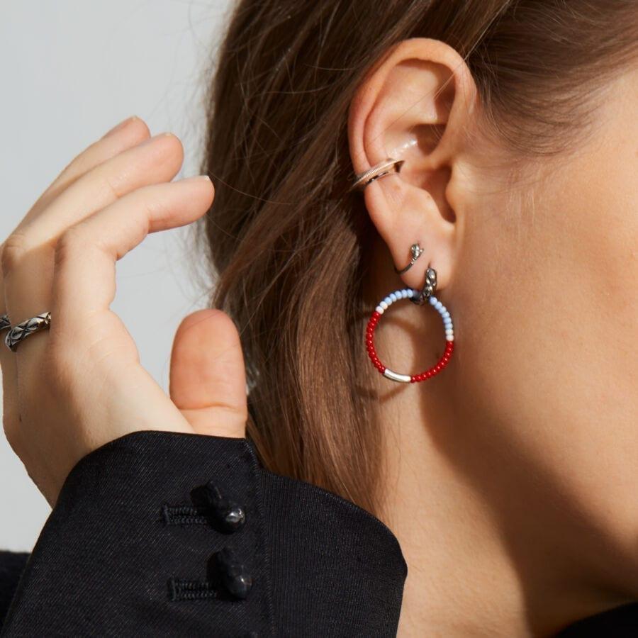 MISS EARLYWINE grey</br> ideel til helix piercinger
